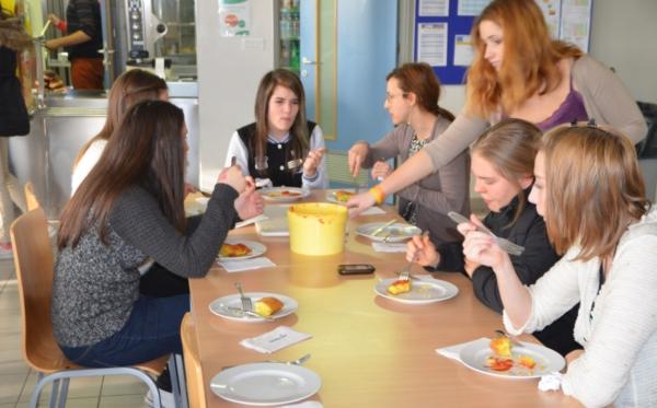 Šola dišala po španskih tortiljah